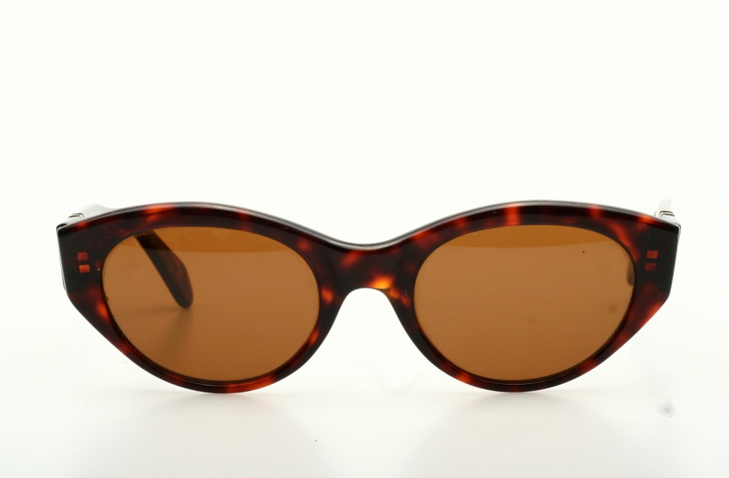 a0f7acdc3911 Popular oval Vintage sunglasses in havana brown by PERSOL H12