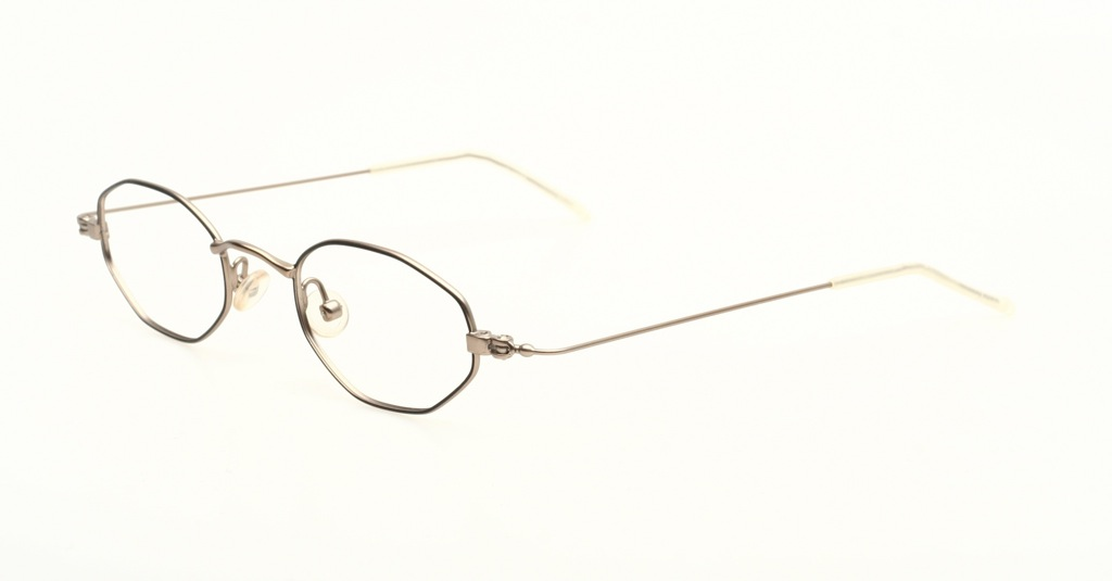 burbury glasses  metal eyeglasses