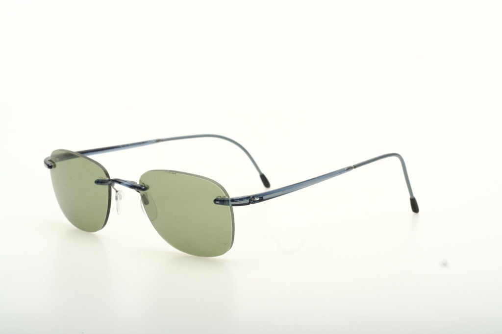 Rimless fine and light Silhouette sunglasses w.blue parts ...