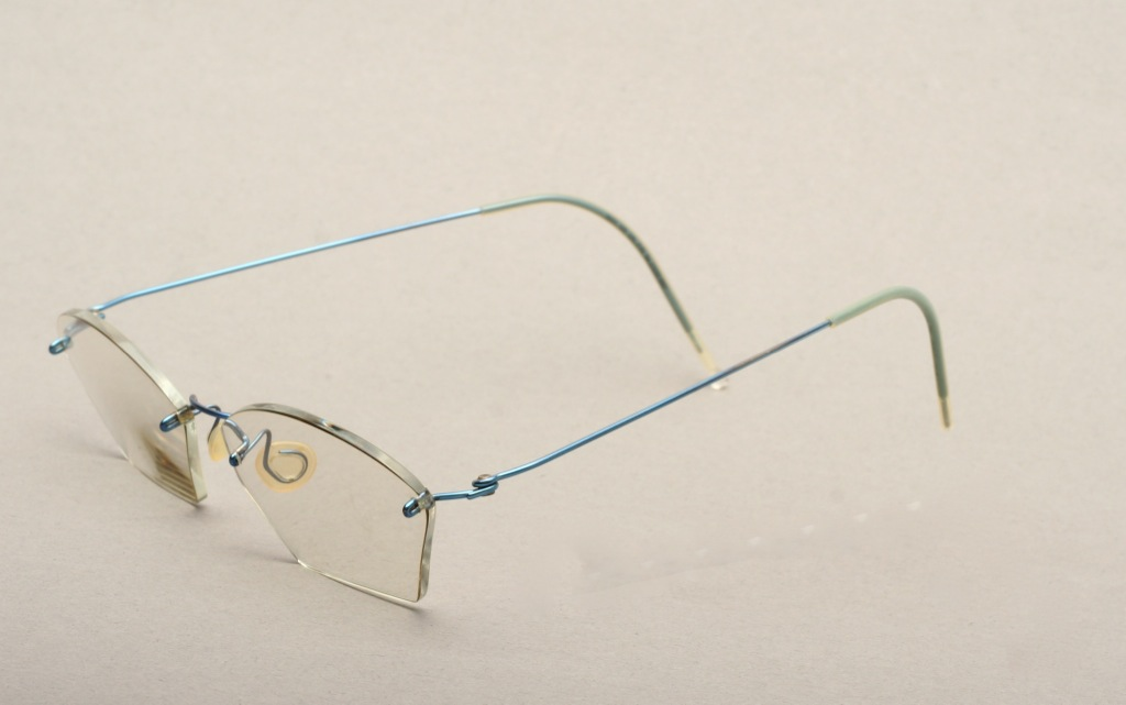 Glasses Frames Made In Denmark : Ultra light, Titanium comfortable shiny blue LINDBERG ...